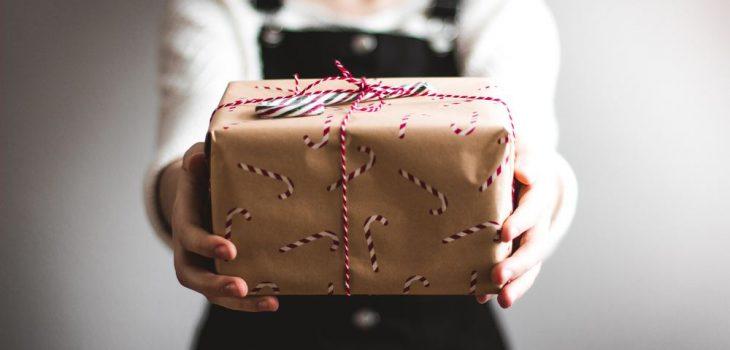 Gör någon glad med ett paket